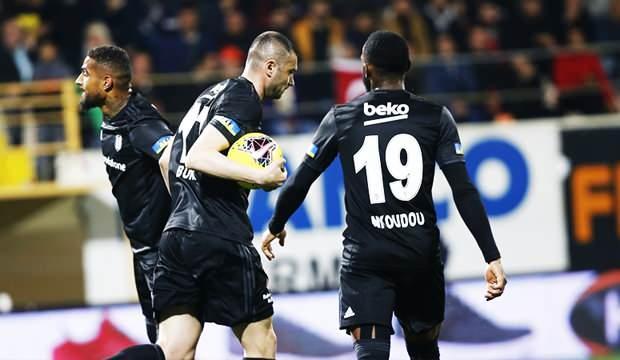 Beşiktaş zirve yolunda pes etmiyor!