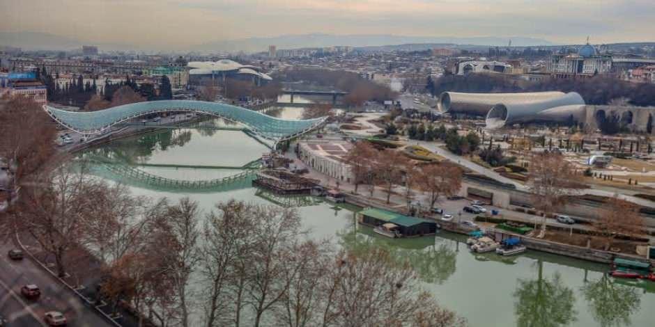 Gürcistan'ın başkenti Tiflis'ten muhteşem şehir manzaraları