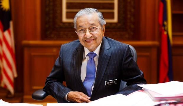 Malezya'da Başbakan Mahathir Muhammed istifa etti