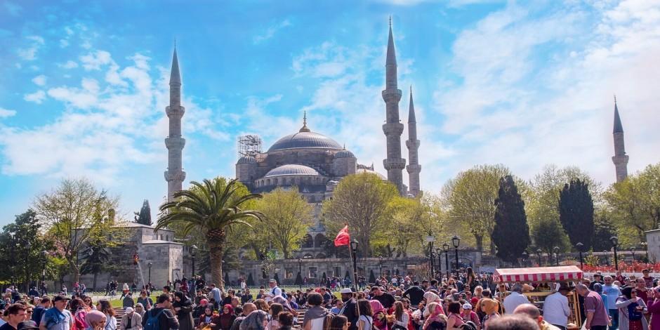 Turistler koronasız tatil için Türkiye'yi tercih etti