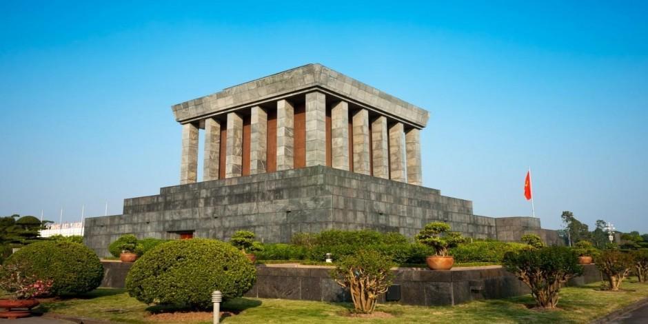 Vietnam bağımsızlık lideri: Ho Şi Min'in anıt mezarı