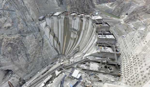 Yusufeli Barajında yükseklik 190 metreye ulaştı