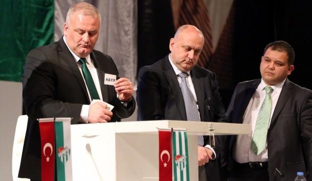 Ali Ay, Bursaspor'dan ihraç edildi