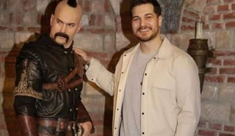 Çağatay Ulusoy'dan Hakan Muhafız'ın Harun'u ile fotoğraf!