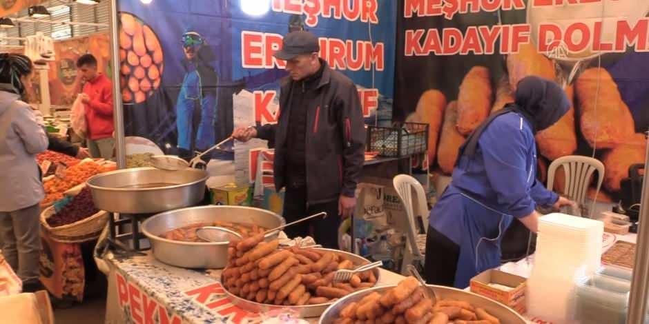 Erzurum lezzetleri İzmir'de halkla buluşuyor