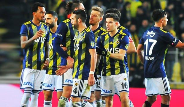 Fenerbahçe'de Mauricio Isla ile yollar ayrılıyor