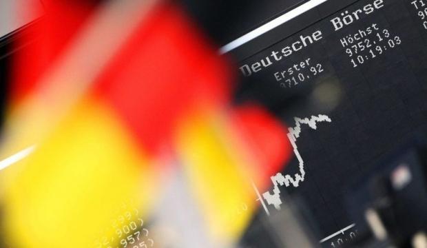 Alman ekonomisi resesyona giriyor