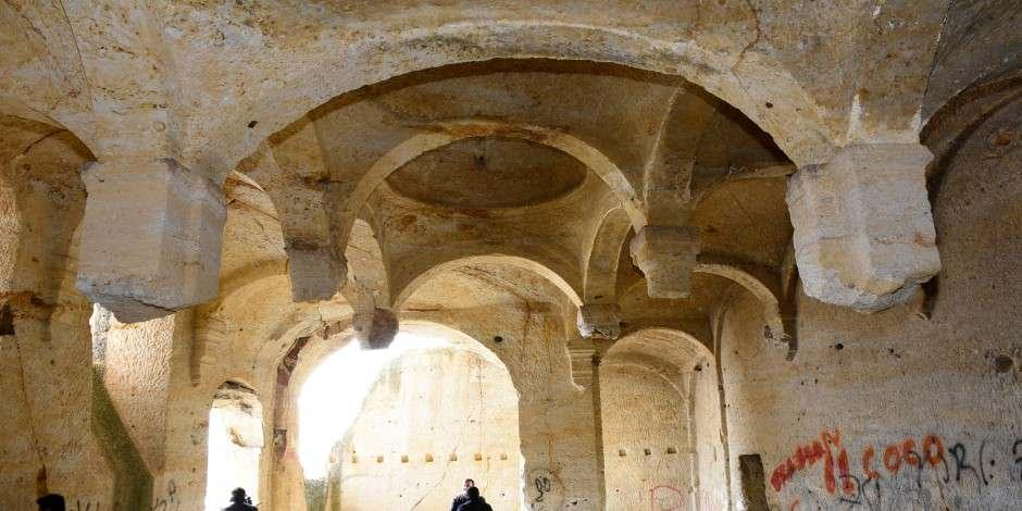 Kaya oyması Çakırkaya Manastırı turizme kazandırılıyor