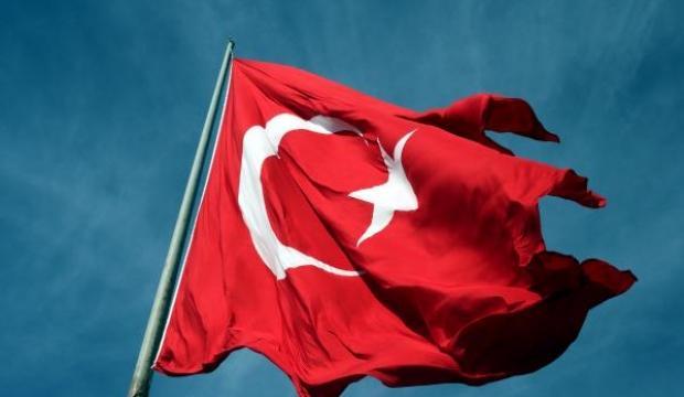 Türkiye'nin en büyük bayrağı, Samsun'da dalgalanıyor