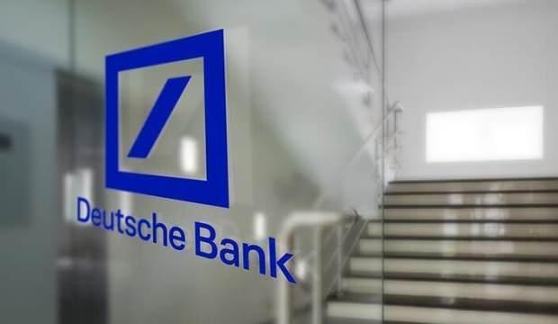 Alman devi zorda: Bir ay maaş almayın