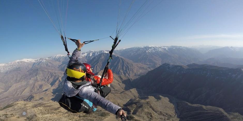 Artvin'de paraşütlü yolculuk