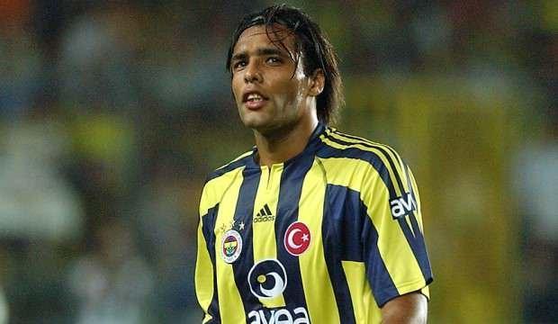 Hooijdonk en iyi 11'ine 2 Fenerbahçeli ismi seçti