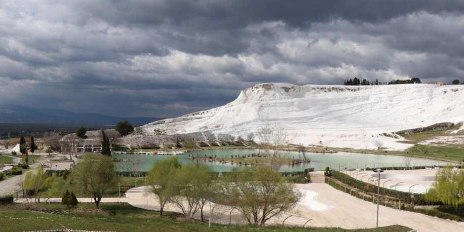 Türkiye'nin 'beyaz cenneti' Pamukkale sessizliğe büründü