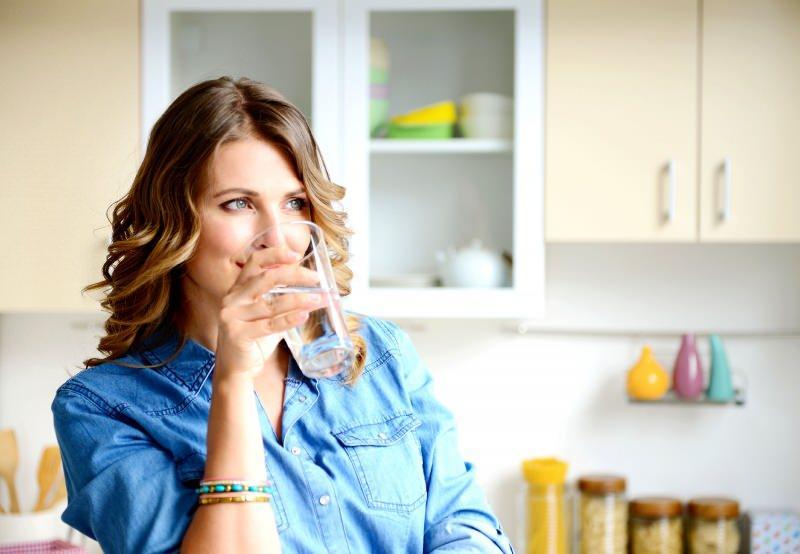 Su içerek zayıflama yöntemi! Su içerek nasıl zayıflanır?