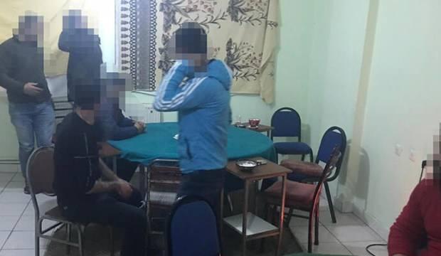 Apart dairede kumar oynayan 8 kişiye suçüstü