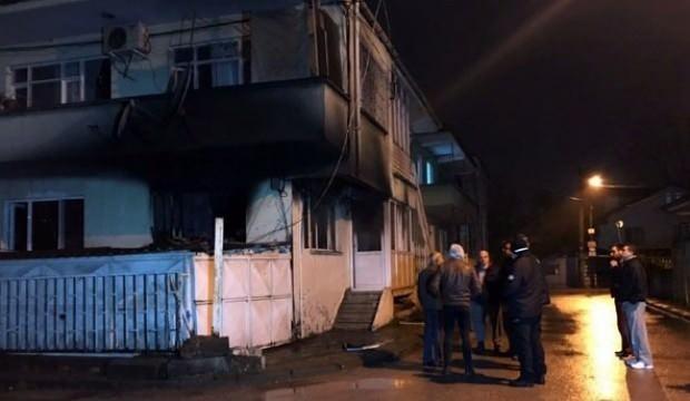 Evinde yangın çıkınca karantinadan getirildi