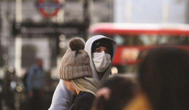 İngiltere'den kritik koronavirüs açıklaması