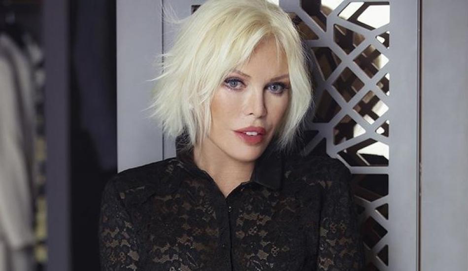 Süperstar Ajda Pekkan'ın 700 metrekarelik lüks villasında korona önlemleri