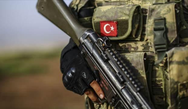 Türkiye'ye sızmak isteyen bir terörist etkisiz hale getirildi