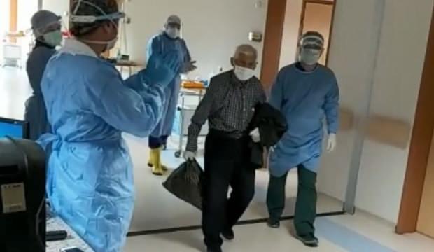 82 yaşında koronavirüsü yendi, alkışlarla taburcu edildi