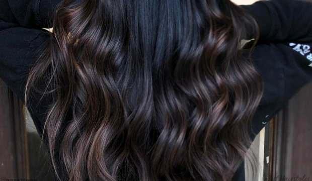 Rüyada siyah uzun saç görmek neye işaret eder? Rüyada siyah saç kestiğini görmek hayırlı mıdır?