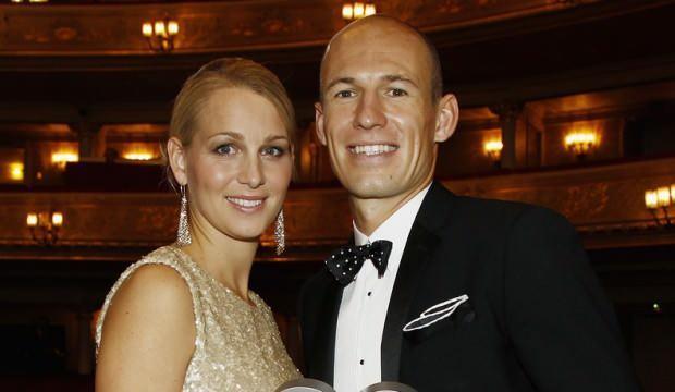 Arjen Robben'in eşi koronavirüsü yendi