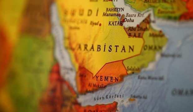 BAE destekli güçler Yemen'de bakan yardımcısının evini bastı