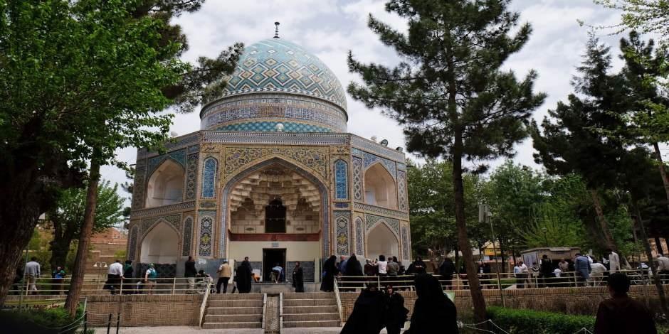Horasan'ın Nişabur şehrinde ünlü ilim ve bilim insanlarına ait 4 türbe