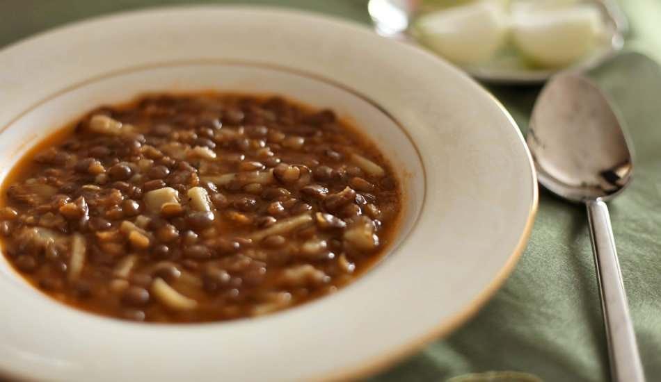 Kara mercimek çorbası nasıl yapılır?