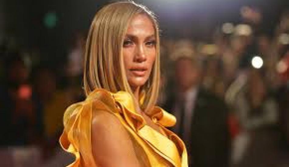 Ünlü şarkıcı Jennifer Lopez, Koronavirüs nedeniyle düğününü askıya aldı!