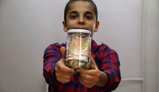 Milli Dayanışma Kapmanyası'na kumbarasındaki parayı verdi