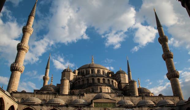Namaz vakitleri 7 Nisan: Berat Kandili İstanbul, Ankara, İzmir il il namaz saatleri