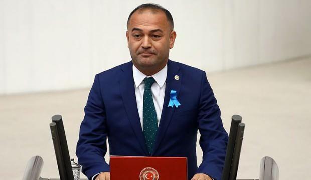 CHP'li Karabat 'ilginç tesadüf' diye paylaştı, iftirası kısa sürede çürüdü