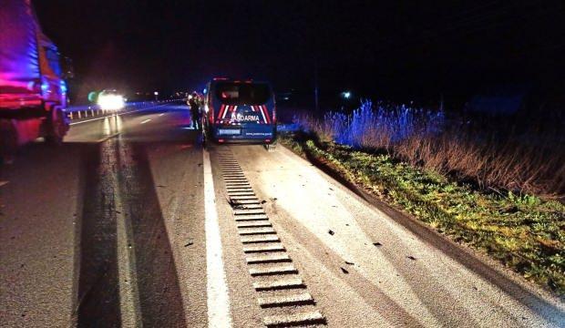 Çorum'da otomobil ve motosiklet çarpıştı: 3 ölü
