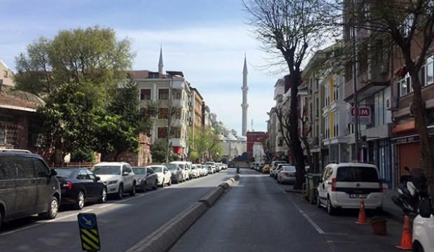 İstanbul'da camilerden 'evde kalın' çağrısı