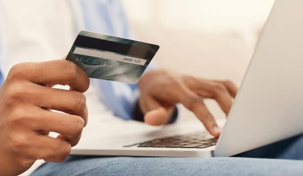 Ticaret Bakanlığı'ndan kredi kart aidatı uyarısı!
