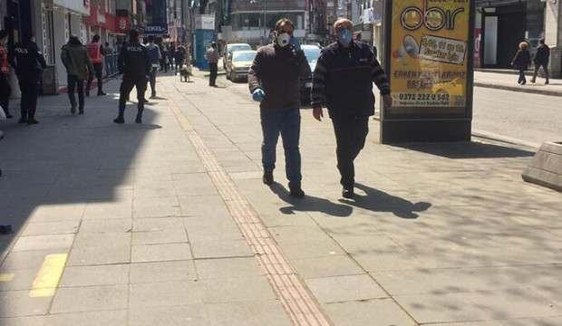 Zonguldak'ta birbirini 1,5 metreden fazla yaklaşanlara para cezası