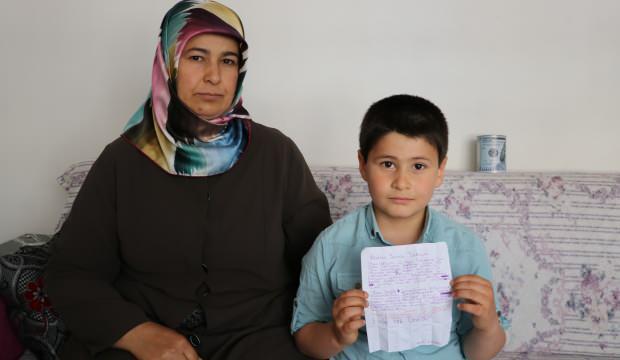7 yaşındaki Yusuf tablet almak için biriktirdiği parayı bağışladı