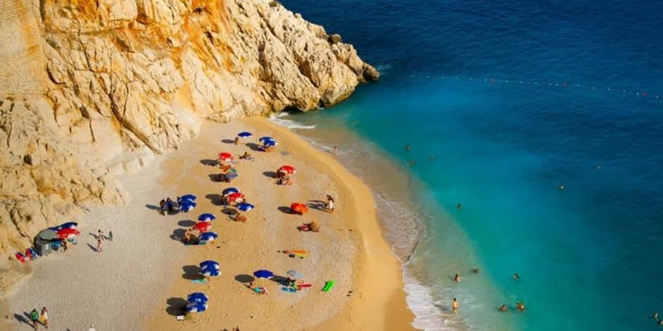 Antalya'dan, 23,5 milyon turiste 4 dilde mektup