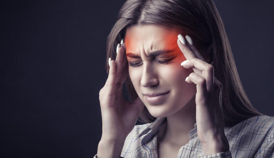 Baş ağrısı neden olur? Oruçluyken yaşanan baş ağrısı nasıl önlenir? Baş ağrısına ne iyi gelir?