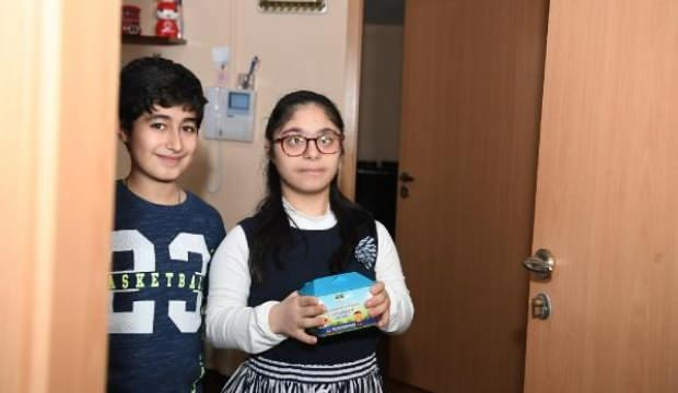 Down sendromlu Busenur, tablet parasını bağışladı