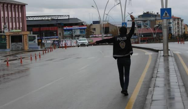 Erzurum'da kısıtlamaya uymayan 49 kişiye 63 bin 933 lira ceza