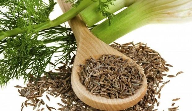 Mide şişkinliğine iyi gelen rezene çayı nasıl yapılır? Doğal ağrı kesici rezene çayı faydaları