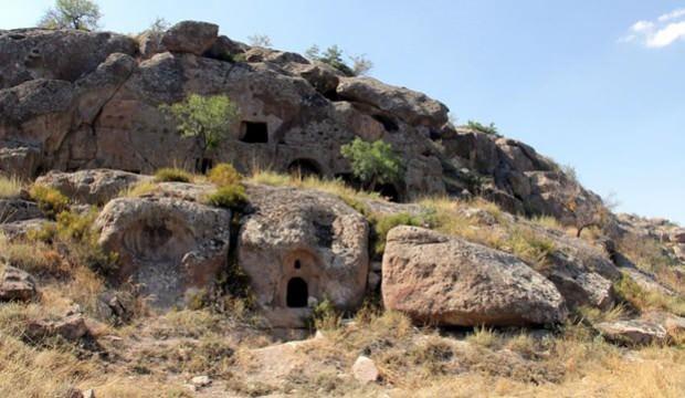 Kayseri'de bulunan yer altı şehrinin 2 girişi daha tespit edildi