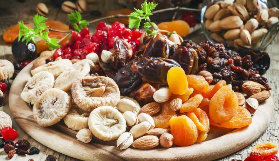 Kuru meyvelerin faydaları nelerdir? Sahurda kuru meyve yerseniz ne olur?