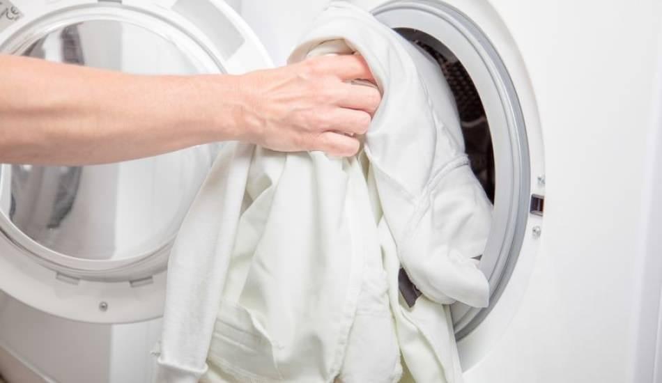 Çamaşırlar nasıl beyazlatılır? Çamaşırları kar gibi yapan inanılmaz yöntem