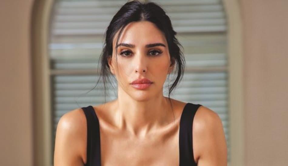 Futbolcu Arda Turan'ın eşi Aslıhan Doğan yapılan yorumları sert bir dille eleştirdi!