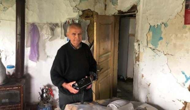 Gözleri görmeyen yaşlı adam, evinde korku içinde yaşıyor