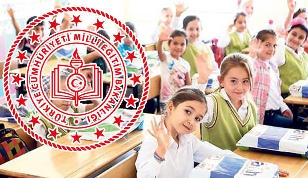 Okullar ne zaman açılacak? Bakan Selçuk'tan okulların açılma tarihi açıklaması!