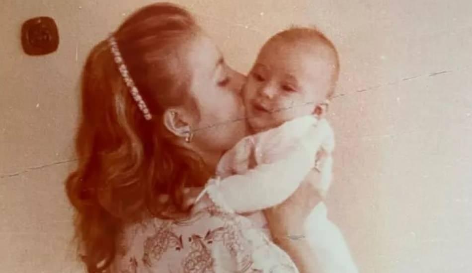 Ünlü isimlerden Anneler Günü paylaşımları